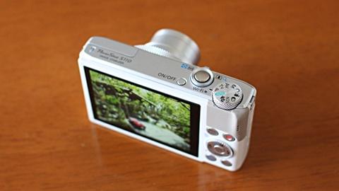 カメラ14