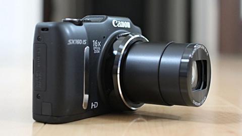 カメラ13